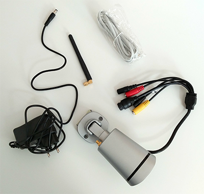 Foscam FI9900P Test: Packungsinhalt