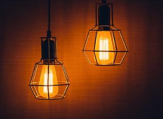 Gartenhaus mit Beleuchtung sichern
