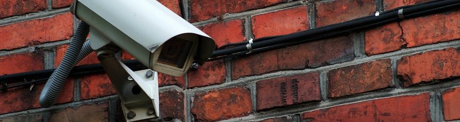 Haus einbruchsicher machen Überwachungskamera